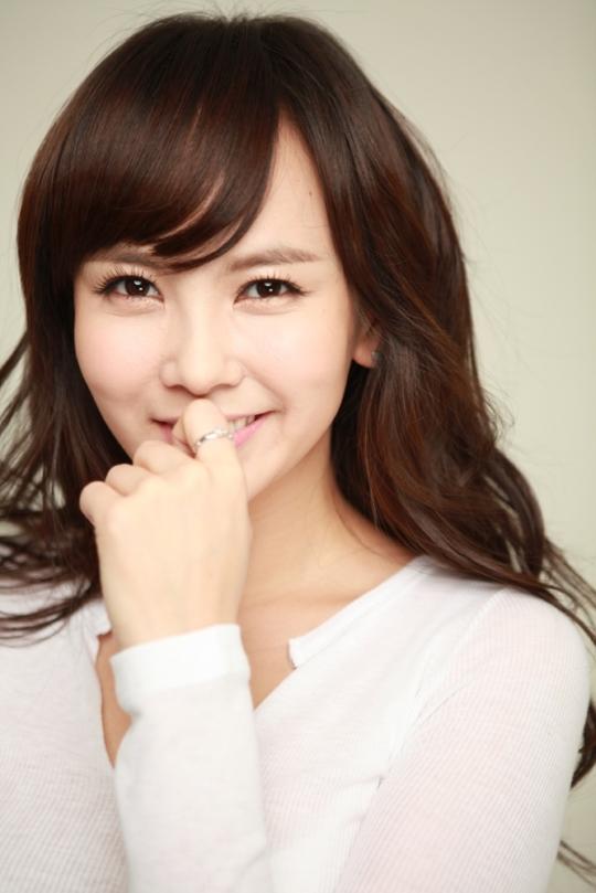 5월의 신부 김지우, 광채나는 생얼 비법 공개