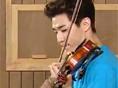 현란한 바이올린 연주