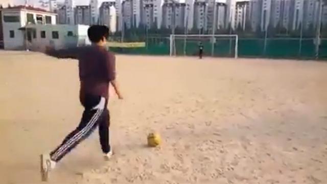 어느 동네형의 축구 실력