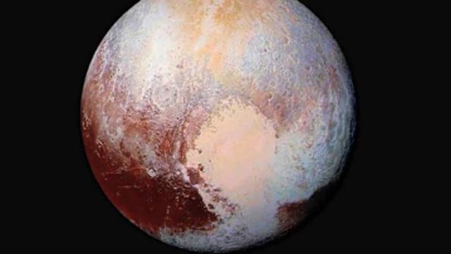 실제로 촬영한 명왕성의 모습