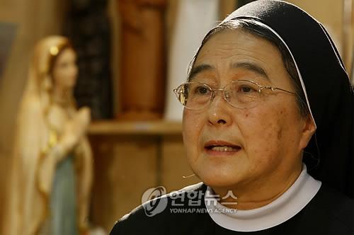 법정 스님 인연 설명하는 이해인 수녀