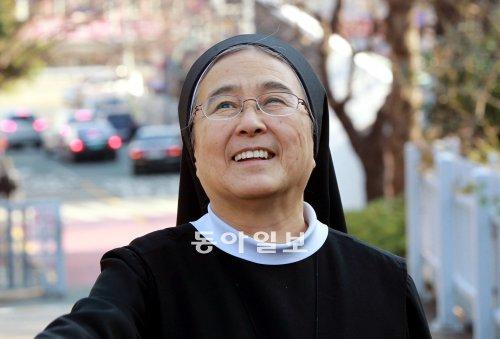 암투병 이해인 수녀, 삶의 희망을 이야기하다