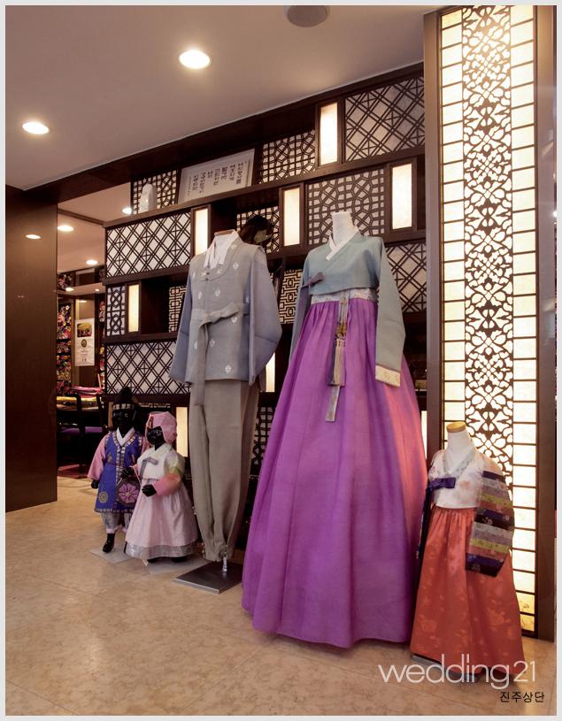 예식 때 입는 한복은 대여와 구매중 어떤 것이 더 좋을까요?