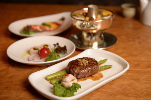 노보텔 앰배서더 강남 더 비스트로 '봄날의 한식'