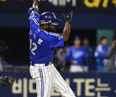 삼성 vs LG '나바로 홈런포'