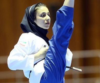 """이란 태권소녀 """"히잡 벗으면 불편해요"""""""