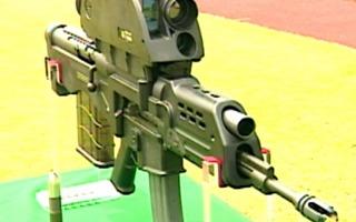 K-11, '명품 무기'라더니 자석만 대도 오작동