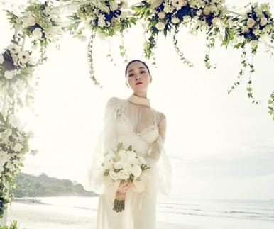 장윤주, 오늘 4살 연하 사업가와 비공개 결혼