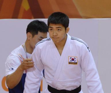 '日 귀화' 뿌리친 안창림, 유도 금메달