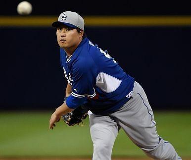 """美 언론 """"류현진 어깨수술, MLB 5대 악재"""""""