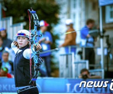 김윤희, 세계선수권 컴파운드 2관왕